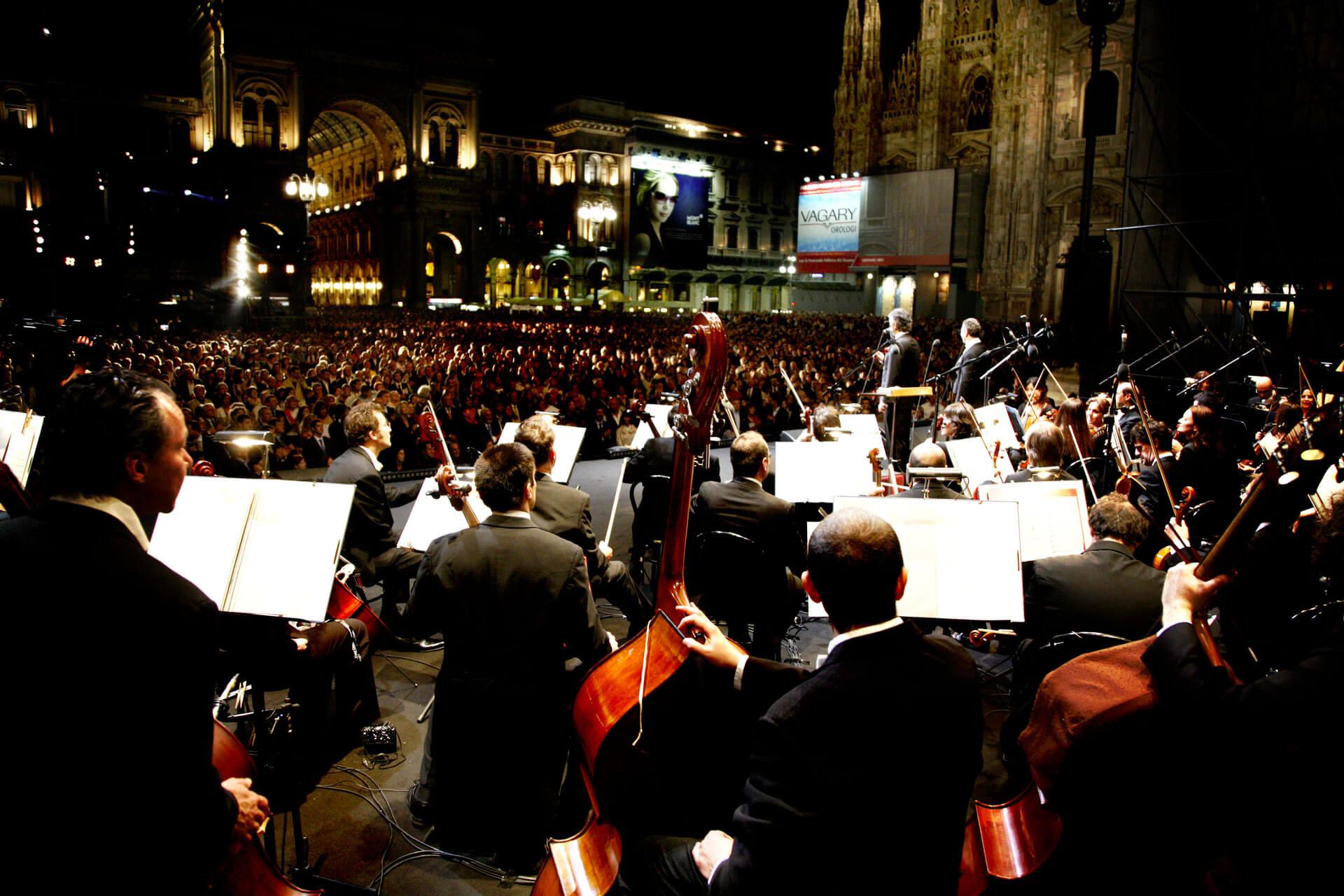 Anniversario Repubblica Italiana, Piazza Duomo, Milano